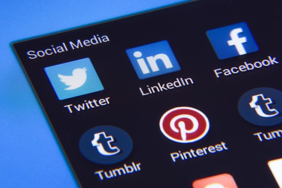 Web4Business - Social Media